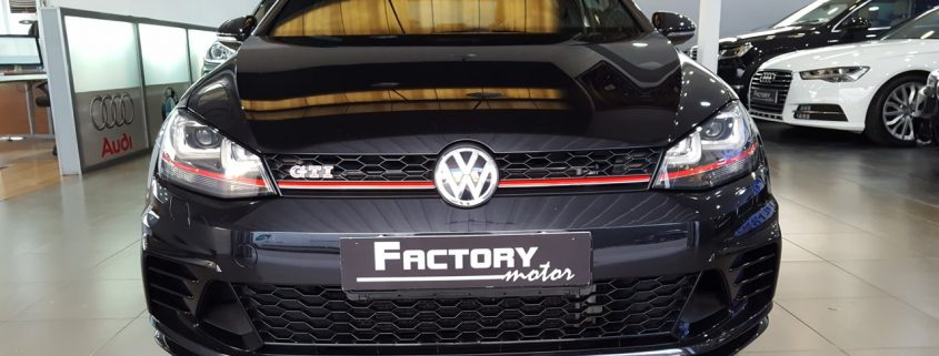 Frontal Volkswagen Golf GTI Clubsport 2.0 TSI