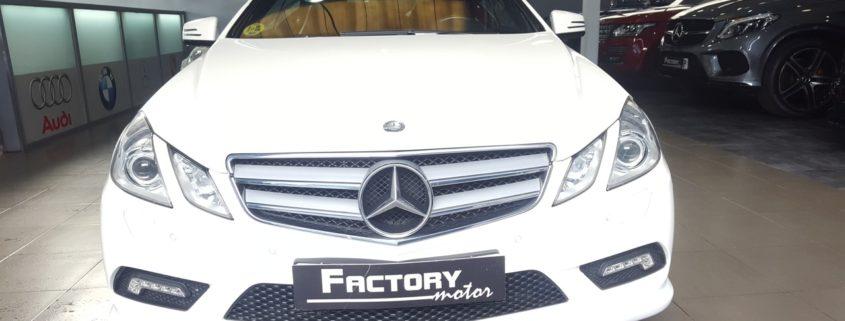 Frontal Mercedes-Benz E220 Cabrio Avantgarde