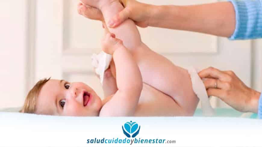 cuidado de la piel del bebe - toallitas humedas limpiadoras