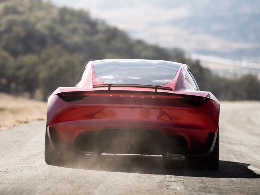 Elon Musk kündigt den Tesla Roadster für 2020 an 1