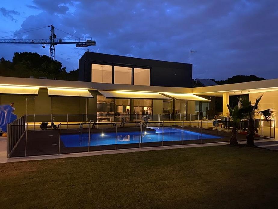 toldos piscina barcelona