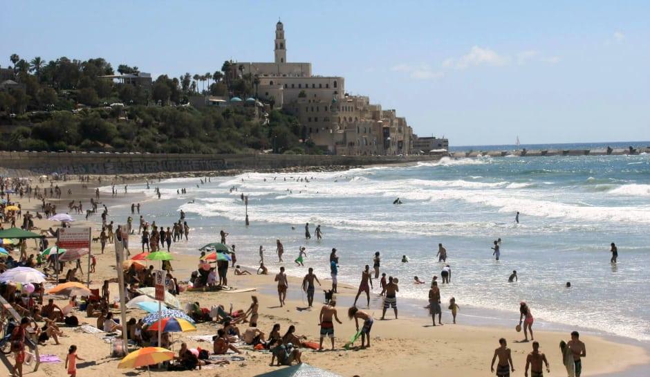tel aviv beach crop resize