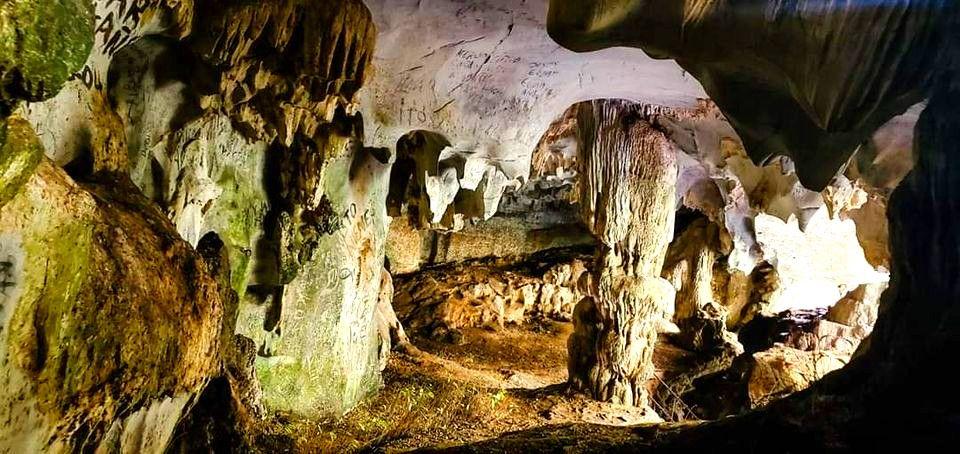 Cuevas de Doña María