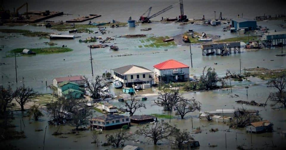 Hurricane Laura hits Louisiana-Texas, 14 killed
