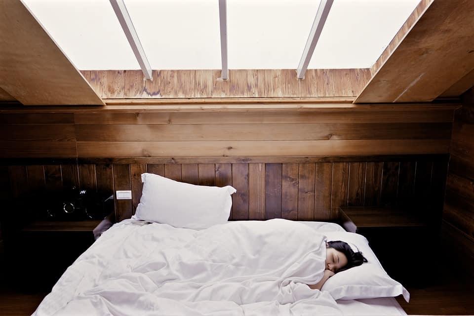sleep hotel girl