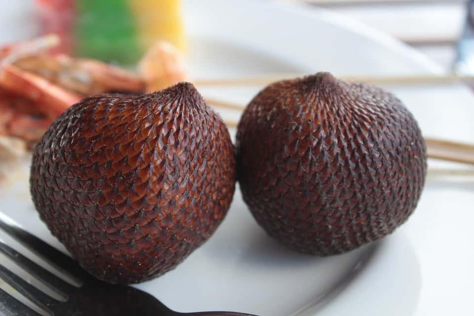 salak weird exotic fruits