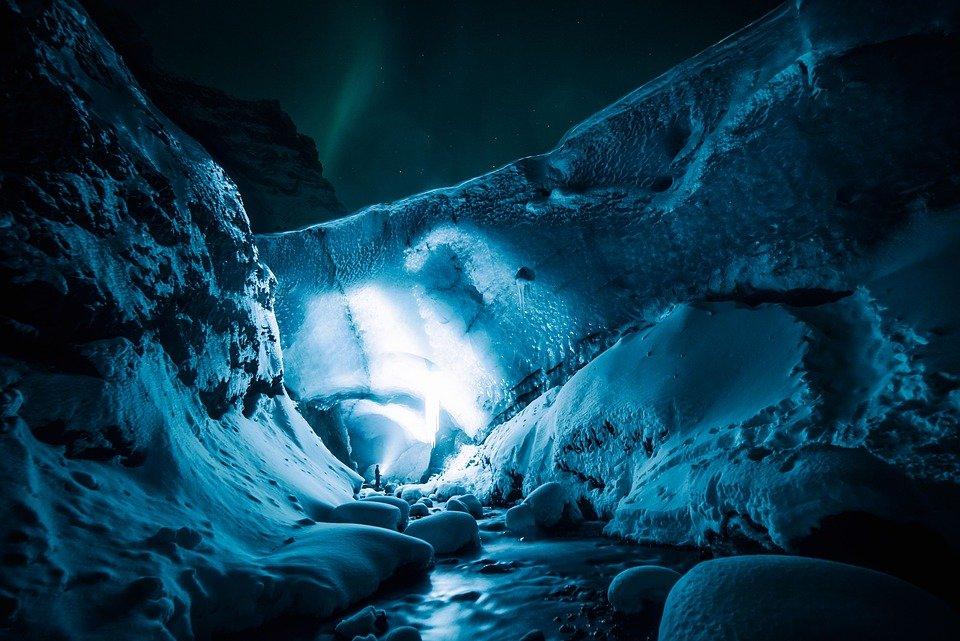 Icecaves - Island