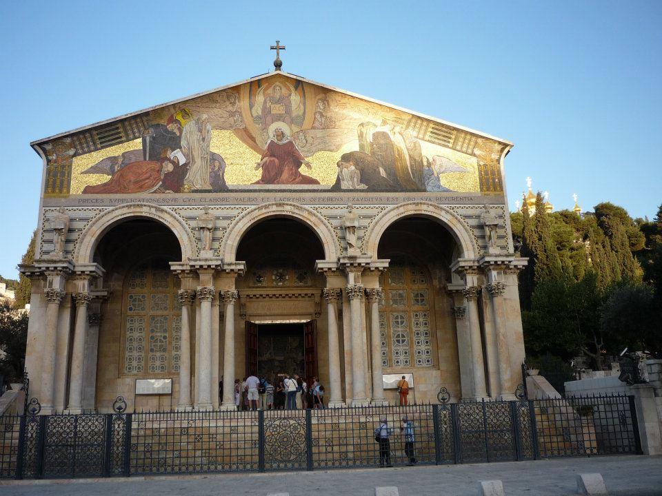 Kostel Všech Národů