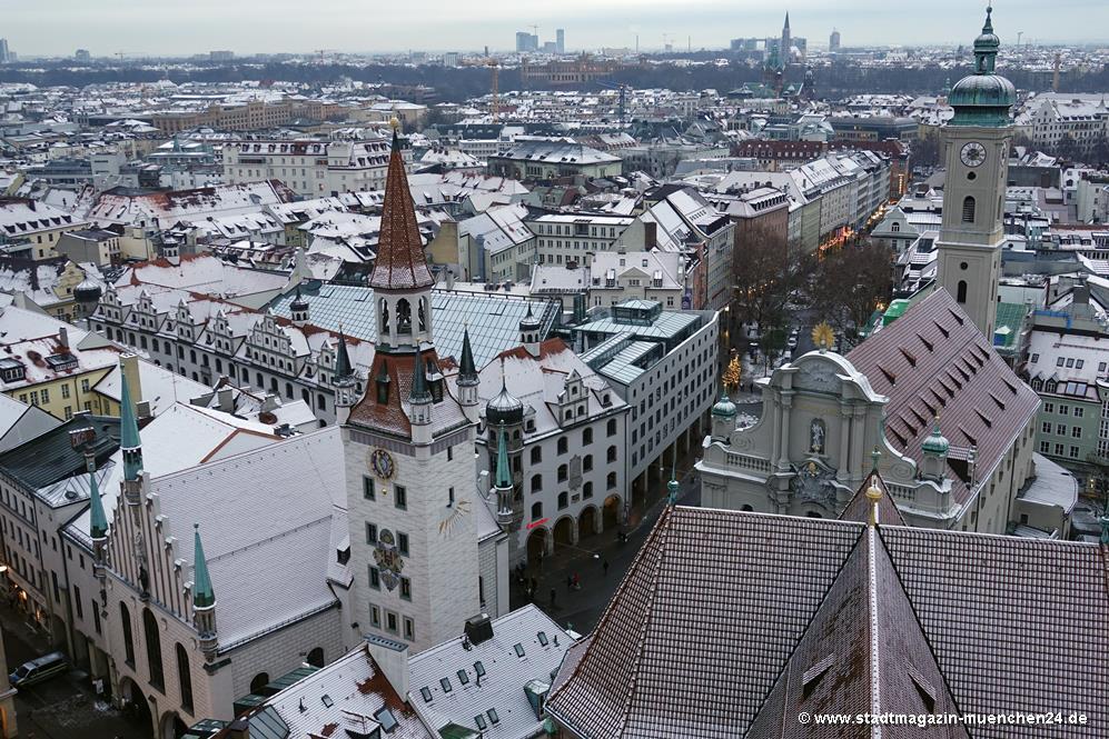 München Altstadt Tal im Winter vom Turm Alter Peter