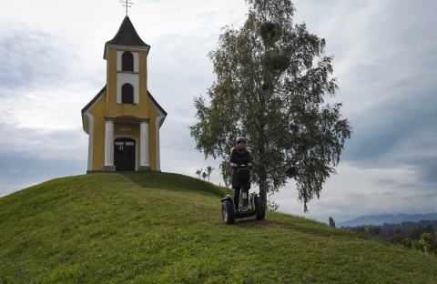Fahrübung bergauf mit dem Gelände Segway