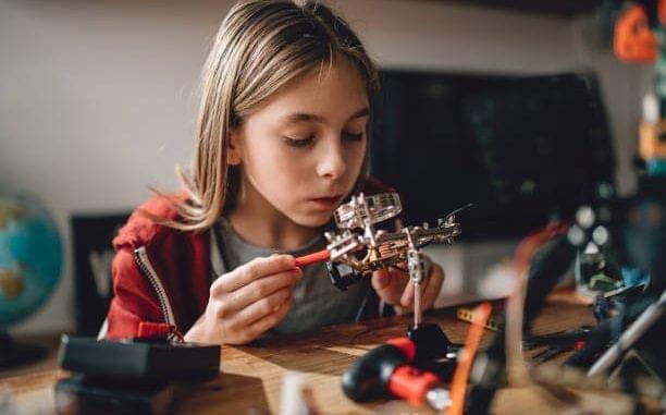 Exploring Homeschool Science, Exploring Science-Fun Activities to Create High Interest, Family Homeschooler