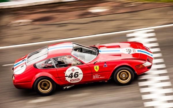 Le-Mans-Classic-2012-Ferrari-365-GTB-4-Gr