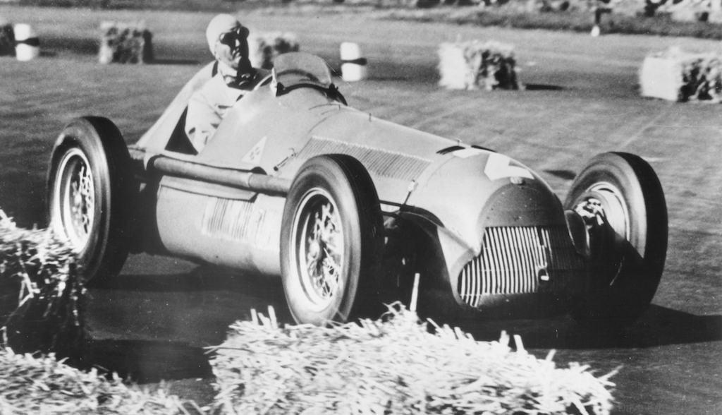 alfa-romeo-f1-car4