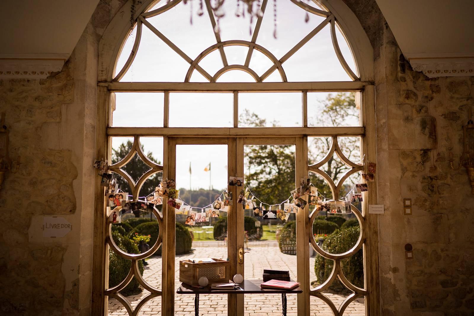 Le reportage photo du mariage Lysianne et Thierry, entre Inde et France, au Chateau de La Ligne, et à Villenave d'Ornon. Alexandre Roschewitz Photographe.