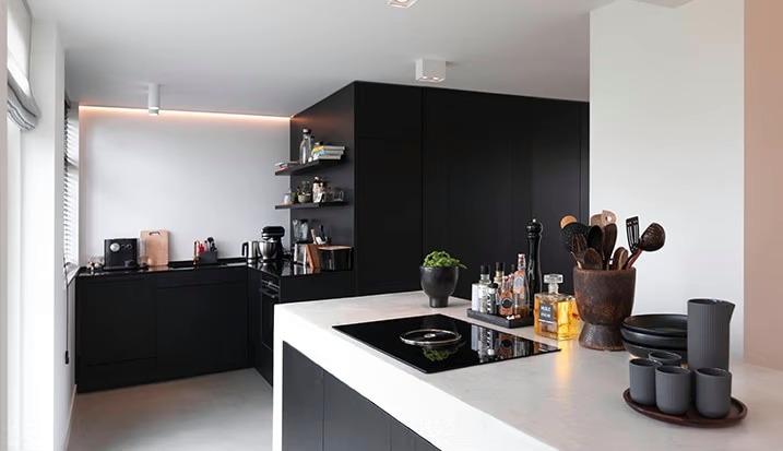 Op maar gemaakte keuken door meubelbouwer Spijkenisse