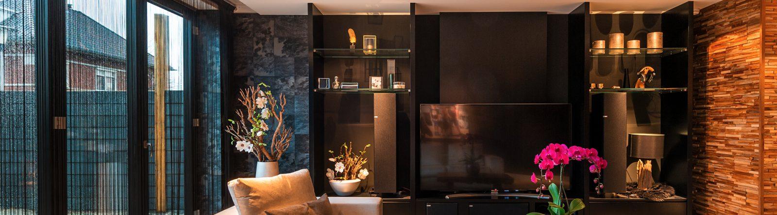 Tv meubel op maat laten maken door interieurbouwer D