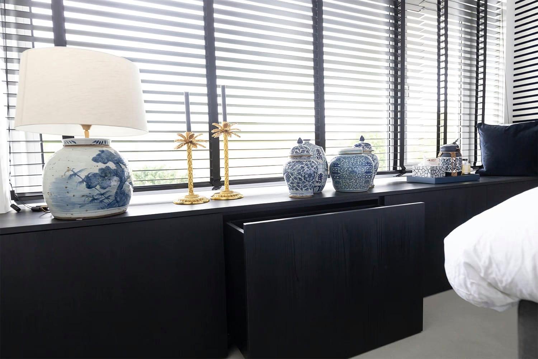 Atelier19 Zwarte Op Maat Slaapkamer Kast op gemaakt door meubelmaker Spijkenisse