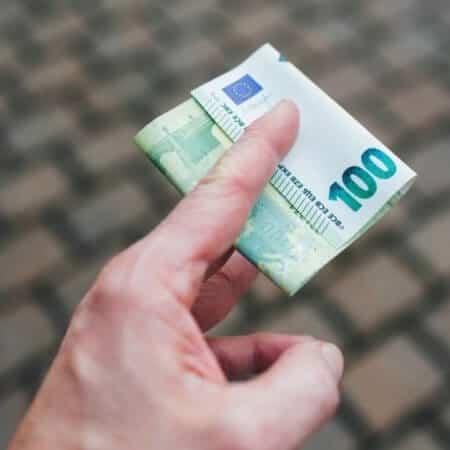 Geld zurück im Online-Casino: So holst du dir Verluste wieder