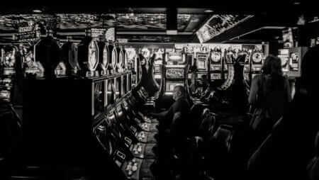 Spielautomaten manipulieren: Funktionieren Automaten-Tricks wirklich?