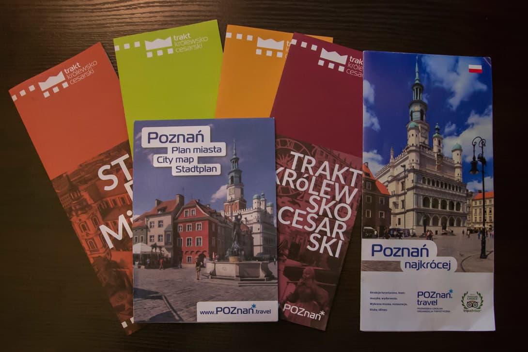 Broszury informacyjne przydatne do zwiedzania Poznania