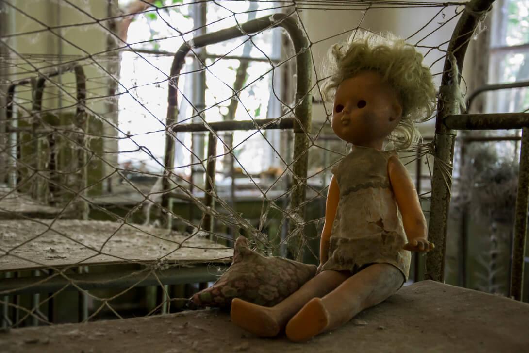 Zabawki w opuszczonym przedszkolu w Czarnobylu