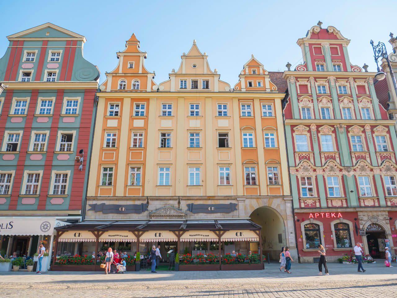 Kamienice na południowej pierzei Rynku we Wrocławiu