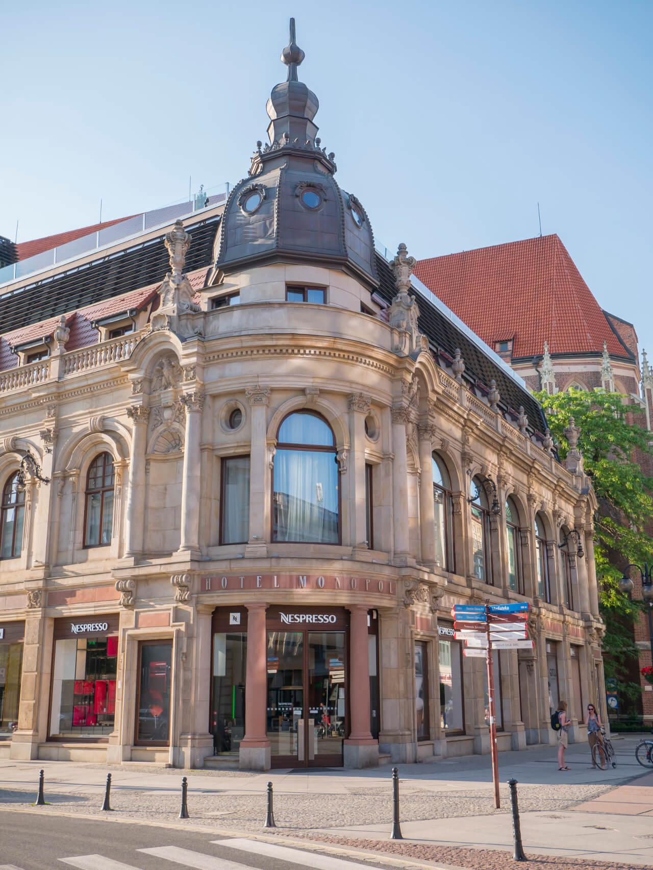 Hotel Monopol przy ul. Świdnickiej we Wrocławiu