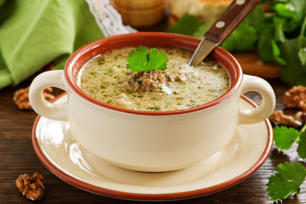 Talerz zupy kcharczo