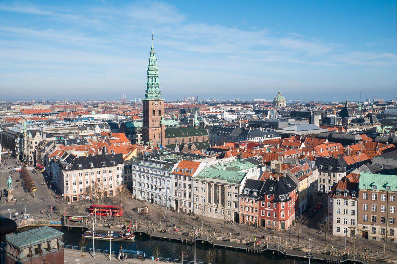 Widok na Kopenhagę z wieży Christiansborg