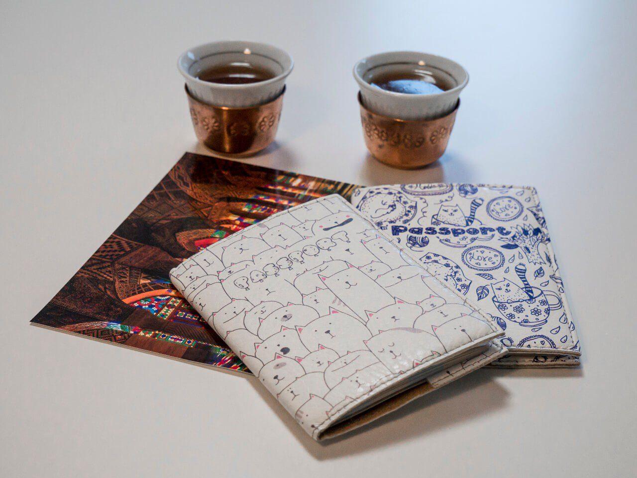 Okładki na paszport jako prezent dla podróżnika