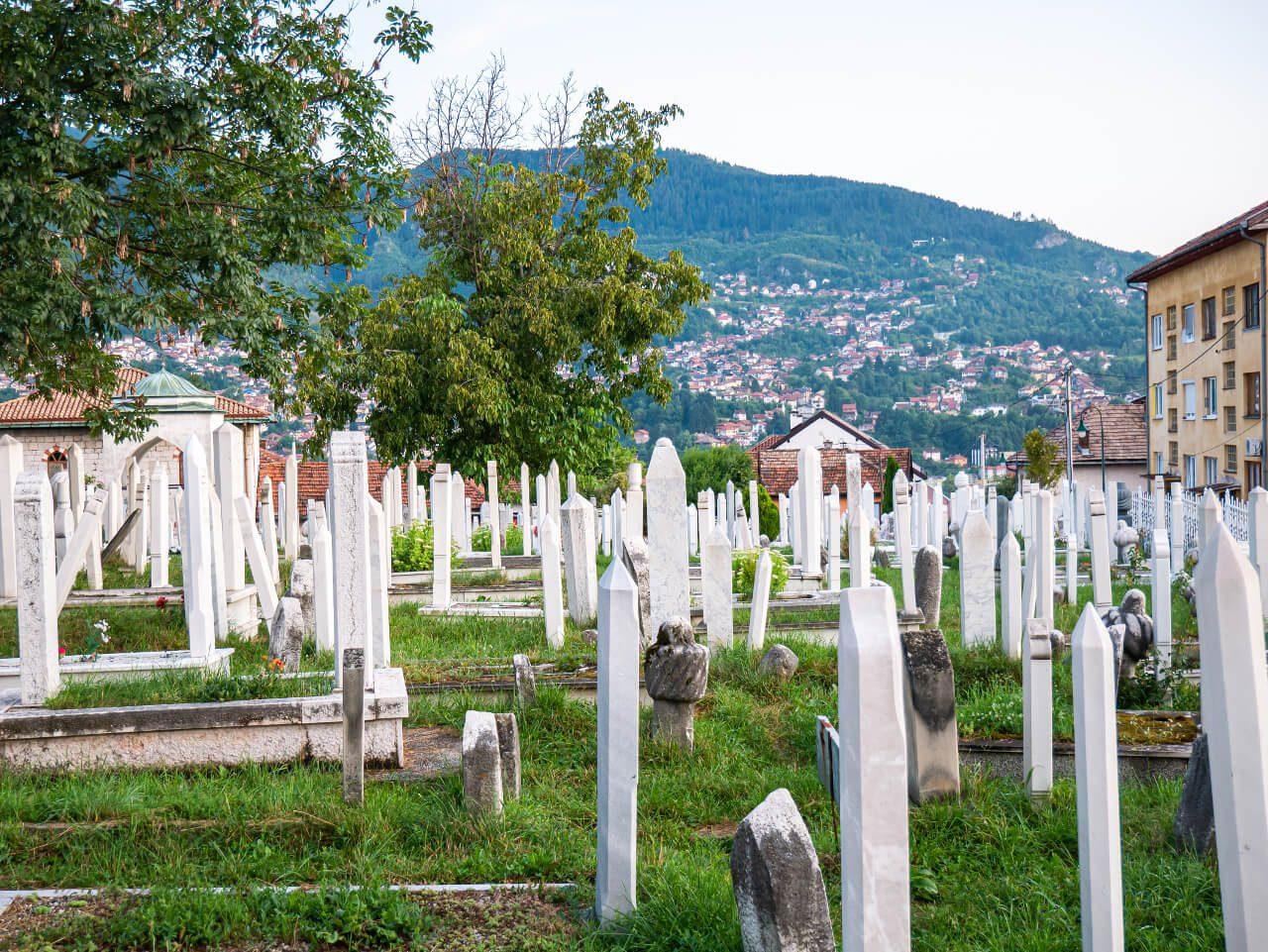 Cmentarz w Sarajewie przy ulicy Logavina