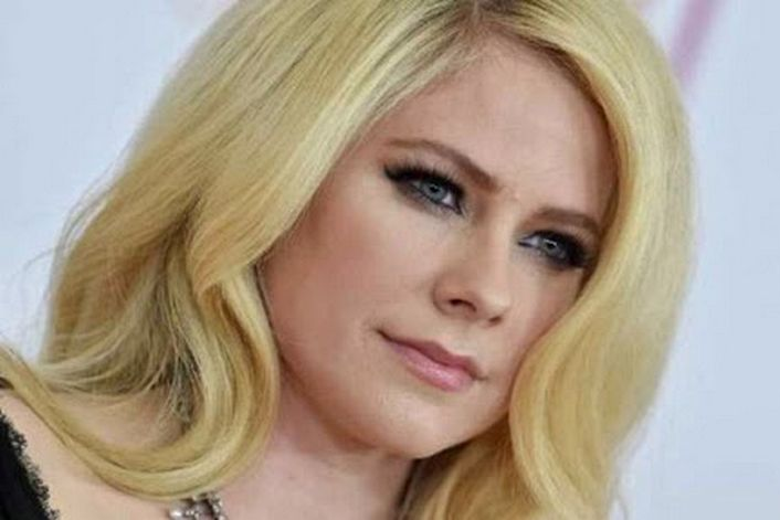 Avril Lavigne - организуем выступление артиста на вашем празднике