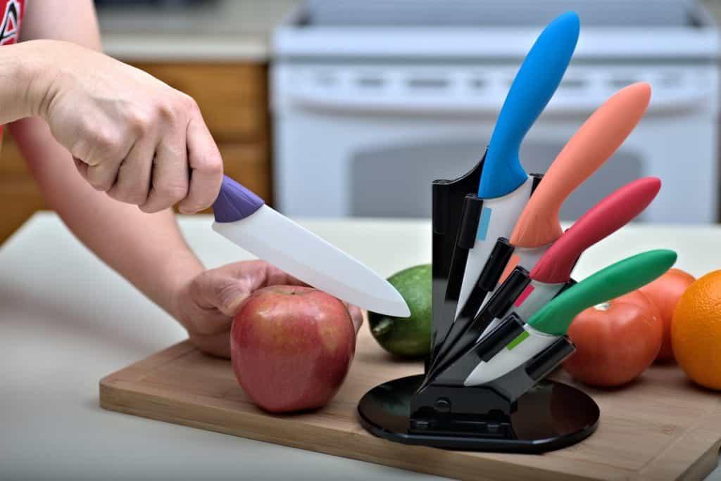 do ceramic knives break easily