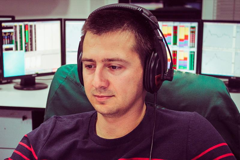 Timofei_pirogov_headtraider
