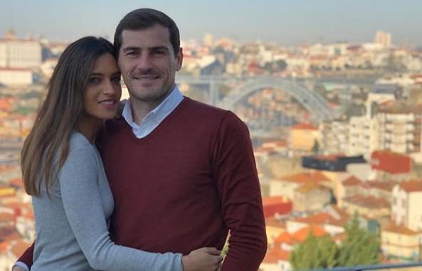"""<span class=""""entry-title-primary"""">Iker Casillas prepara regresso a Madrid</span> <span class=""""entry-subtitle"""">Candidatura à presidência da Federação Espanhola de Futebol já foi oficializada</span>"""