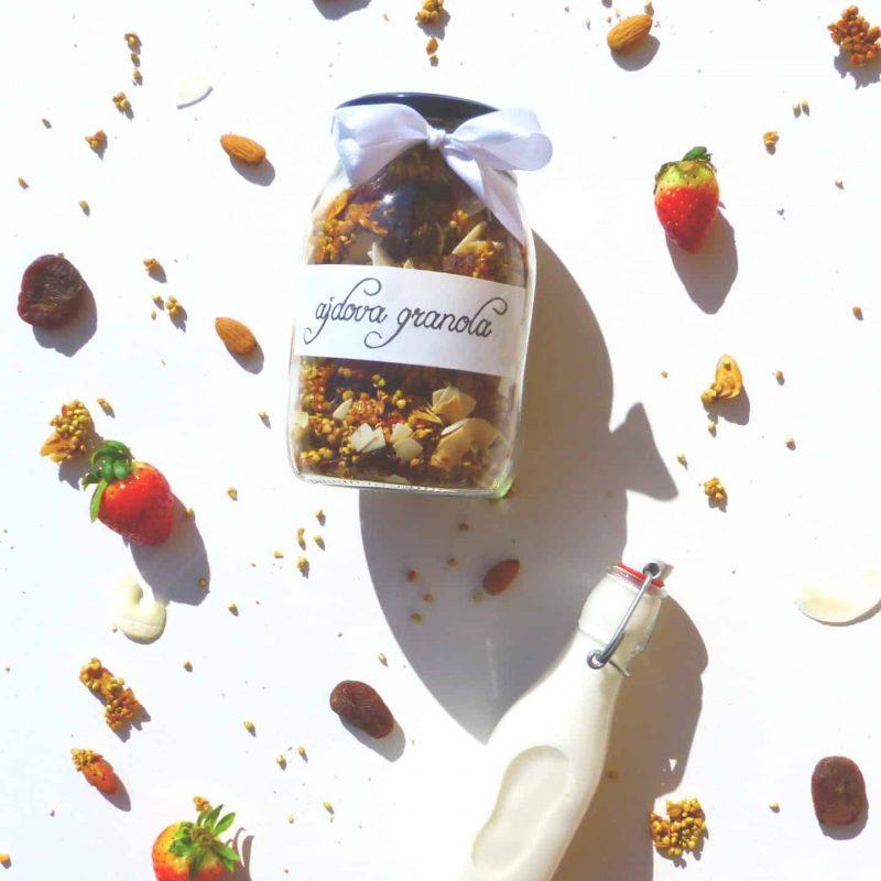 Recept za domačo granolo s kaljeno ajdo