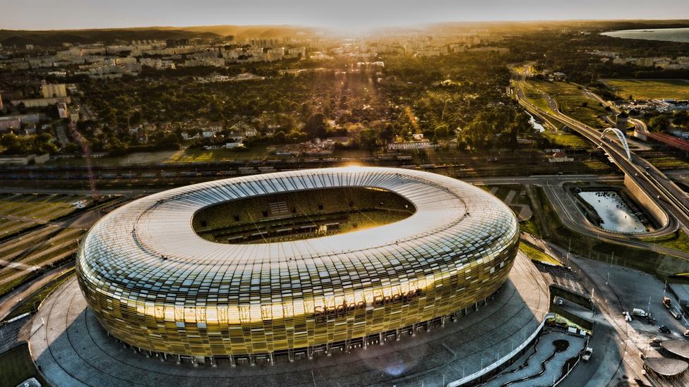 Mit Faltin Travel erleben Sie das Europa League Finae 2021 im Stadion Energa Gdansk live.
