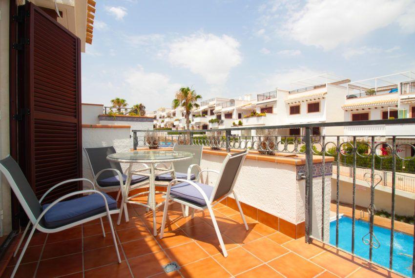 Bungalow con solarium en Residencial Azul Beach en La Mata