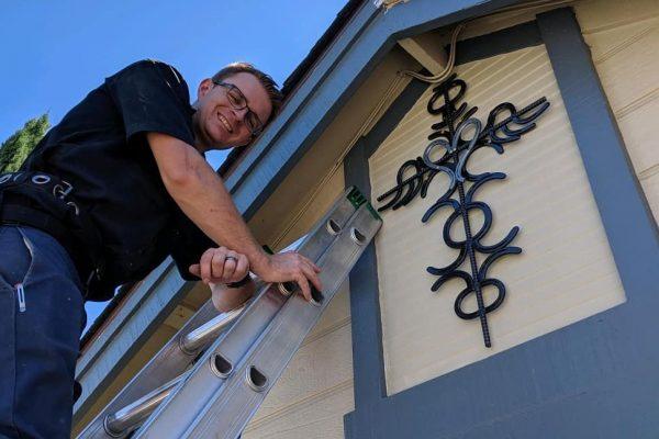 honest lee handyman in front of sacramento home