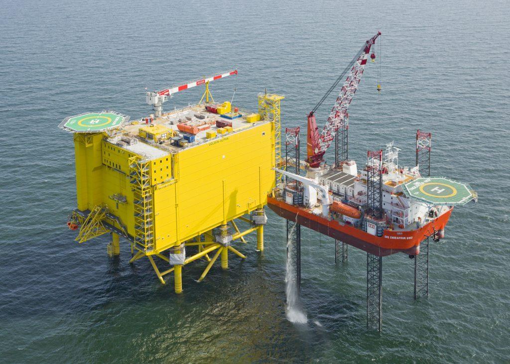 Hoogvliet Offshore Dolwin 5