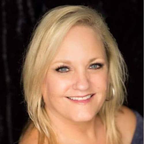 Stephanie DeWayne