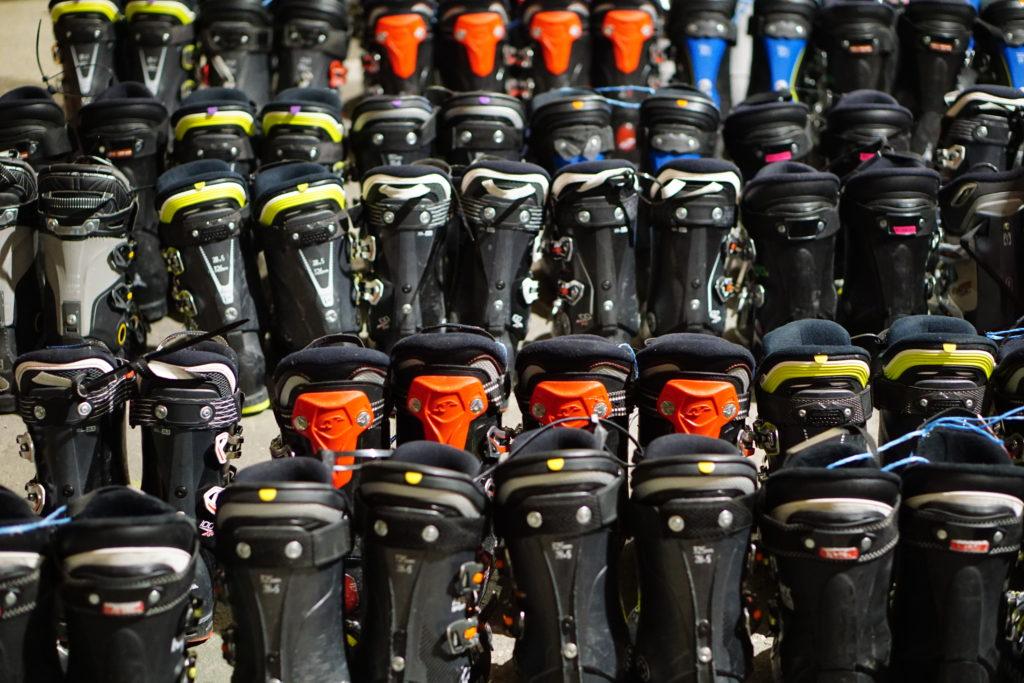 Bazarové lyžáky již od 500 Kč