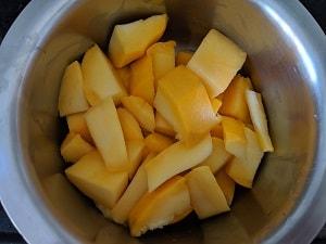 Mango cut into chunks