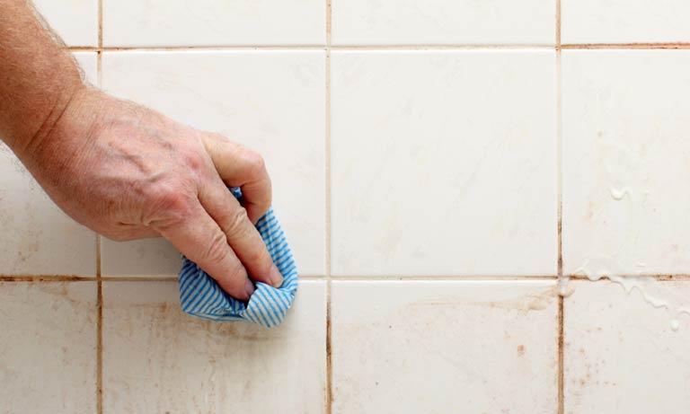 Шов между плиткой можно отмыть народными средствами средствами