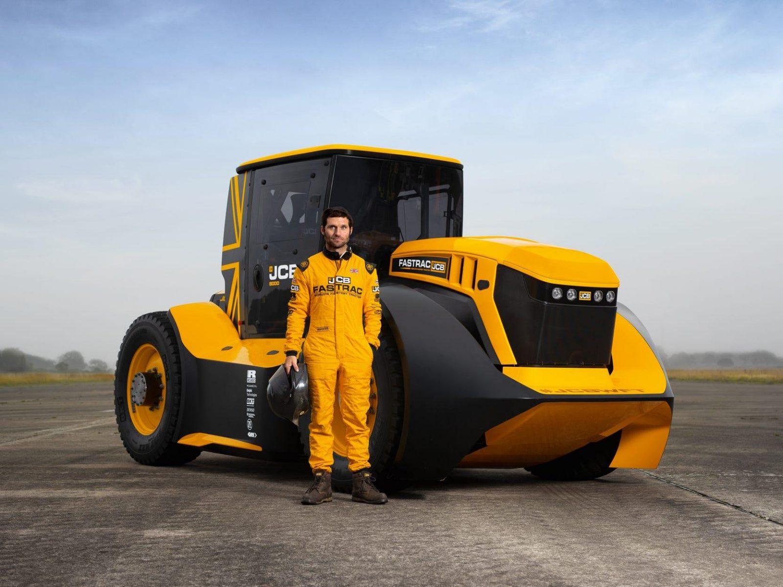 JCB Fastrac Two – самый быстрый в мире трактор