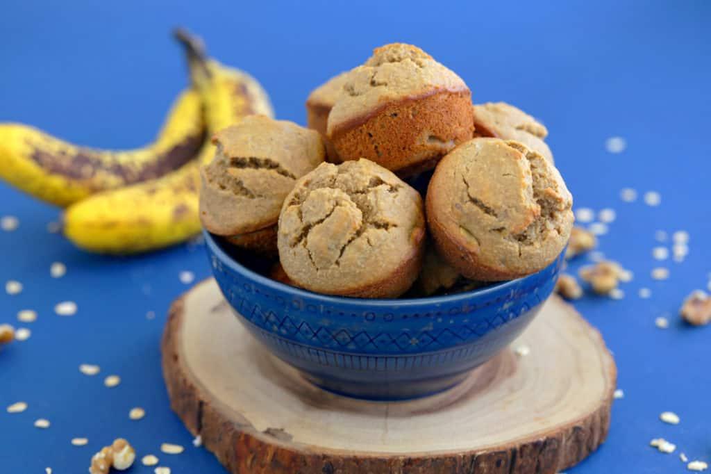 Easy oatmeal blender muffins, blender banana oatmeal muffins, healthy banana muffins, banana oat muffins, healthy blender muffins, flourless banana muffins, healthy oatmeal muffins, gluten free banana oatmeal muffins, banana nut muffins, blender breakfast muffins