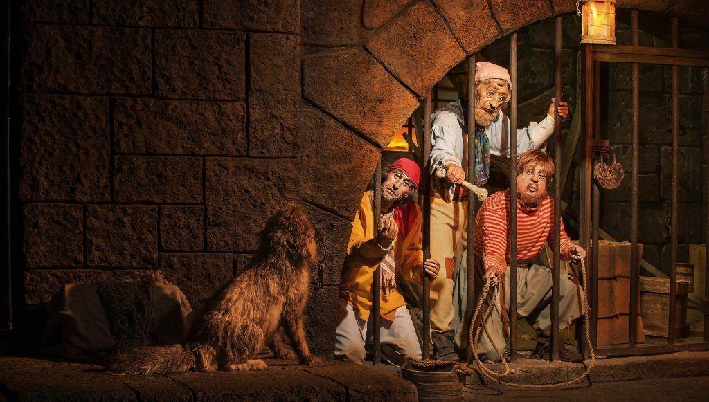 Atracción de Pirates of the Caribbean en el parque Magic Kingdom en Disney World Orlando
