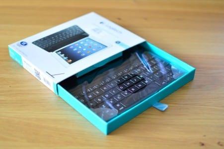 vergleich-ipad-mini-bluetooth-tastatur-cover-2-logitech