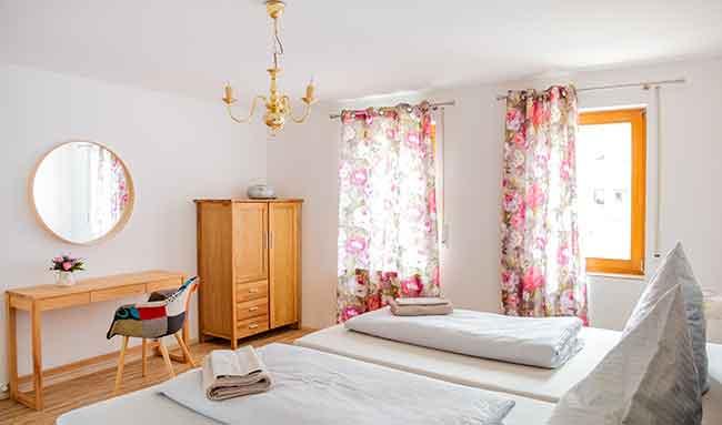 Apartment Singen Schlafzimmer