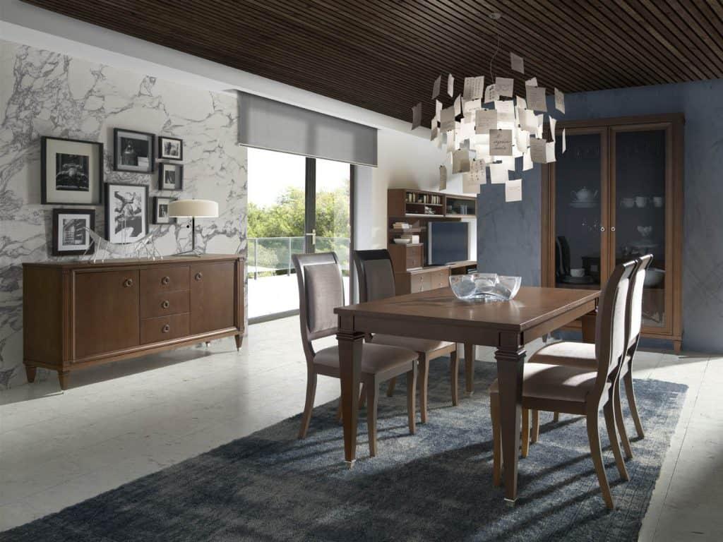 Comedor con mesa y sillas color madera
